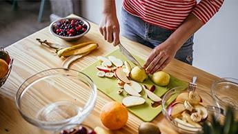 Dlaczego Warto Jeść Ogryzek Jabłka?