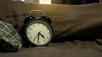 寝過ぎると脳卒中リスクが85%高まる