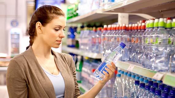 produits chimiques eau en bouteille