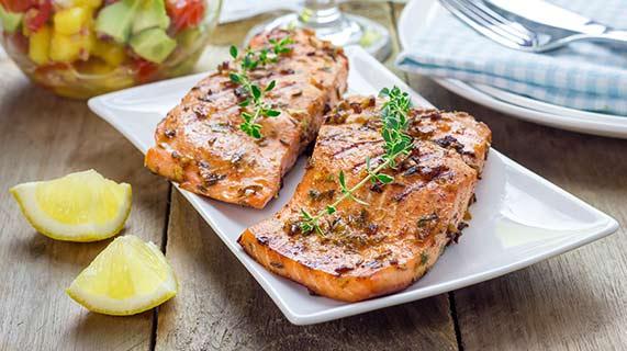 pourquoi devrions nous manger plus de poisson