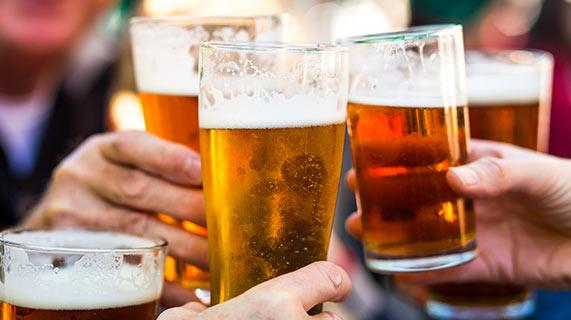 Alkohol przyśpiesza starzenie mózgu