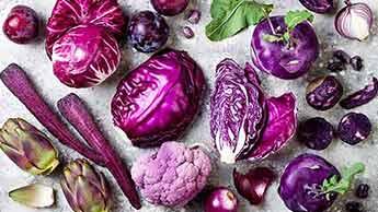 紫色の食品をもっと食べてがんを予防し腸と心臓を健康にしましょう