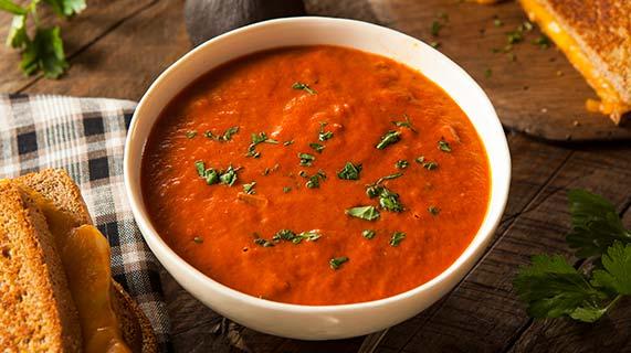 zuppa fredda pomodoro