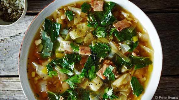 양배추 베이컨 수프
